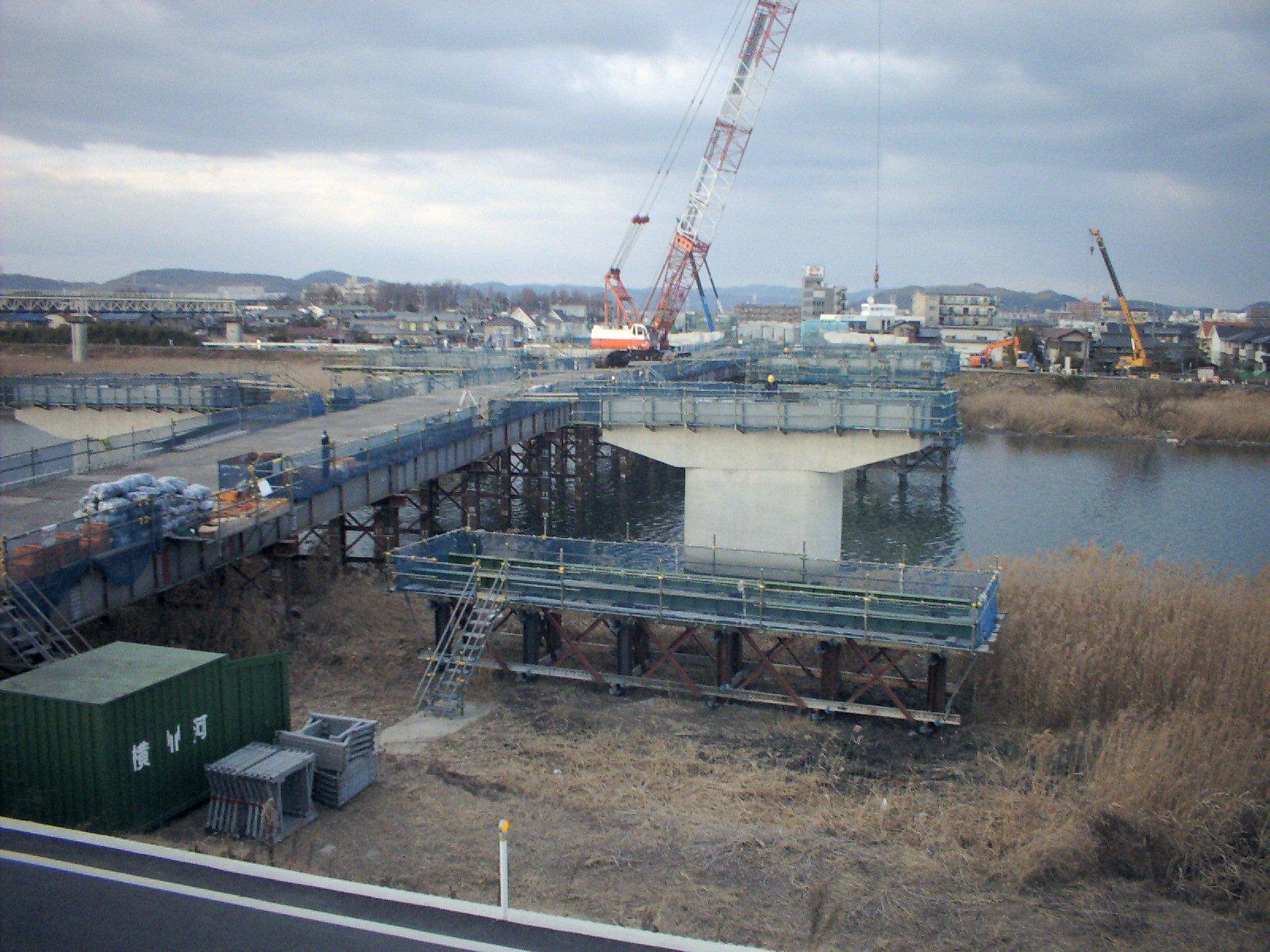 岡山西バイパス笹ヶ瀬川第1橋仮桟橋工事 施工実績
